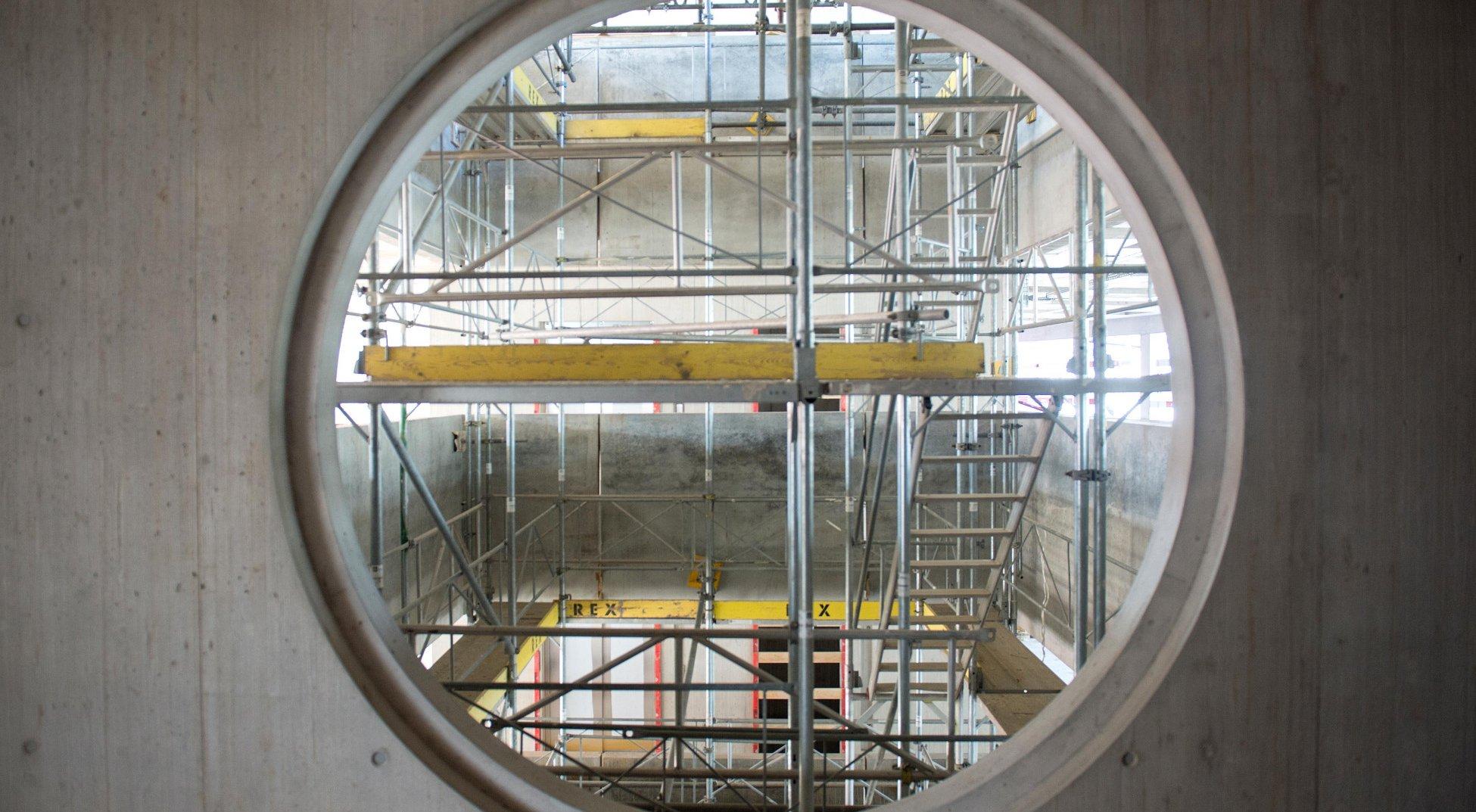 Totalunternehmer Projekt Neubau Stadtpolizei Zürich Fenster