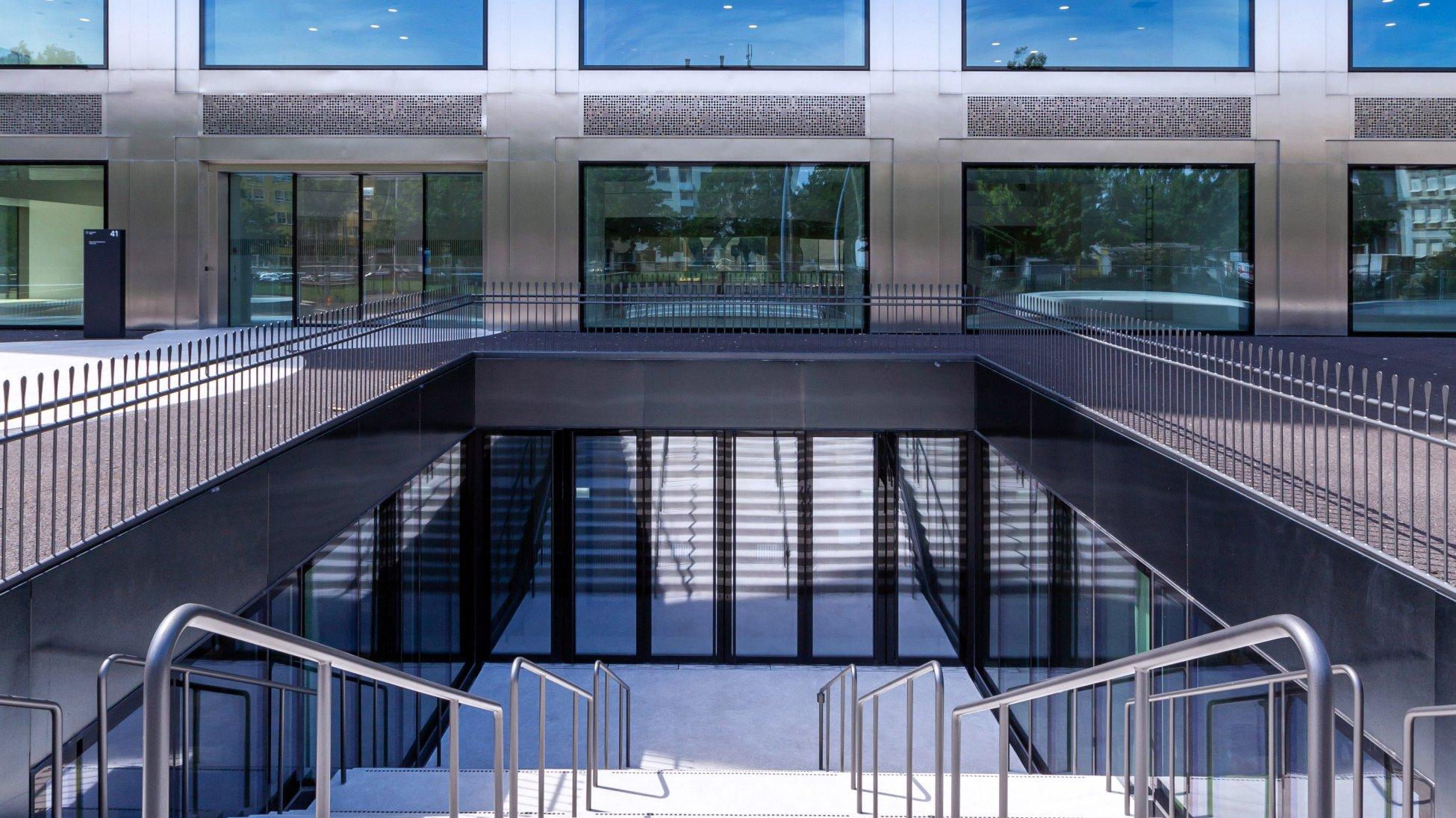 Neubau Core & Shell Biozentrum Basel