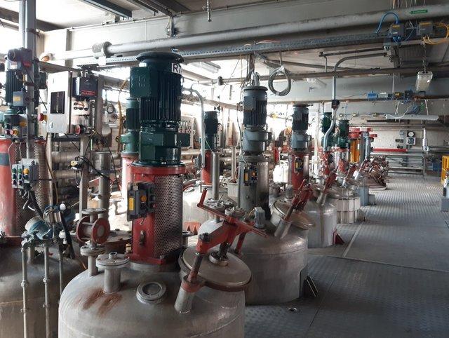 Dekontamination Reaktoren und Behälter vorher