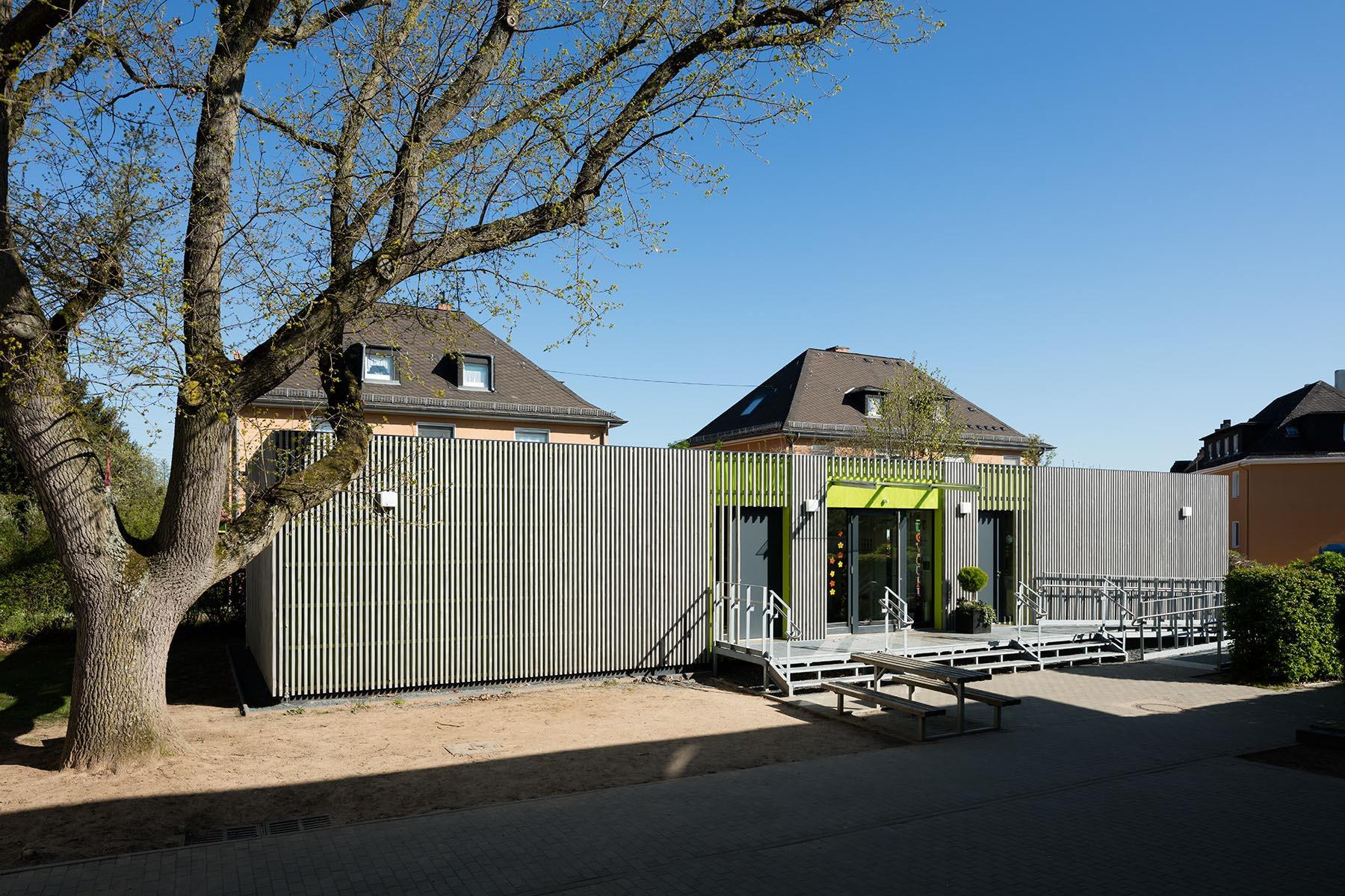 1-geschossiges Schulgebäude in Holz-Modulbauweise