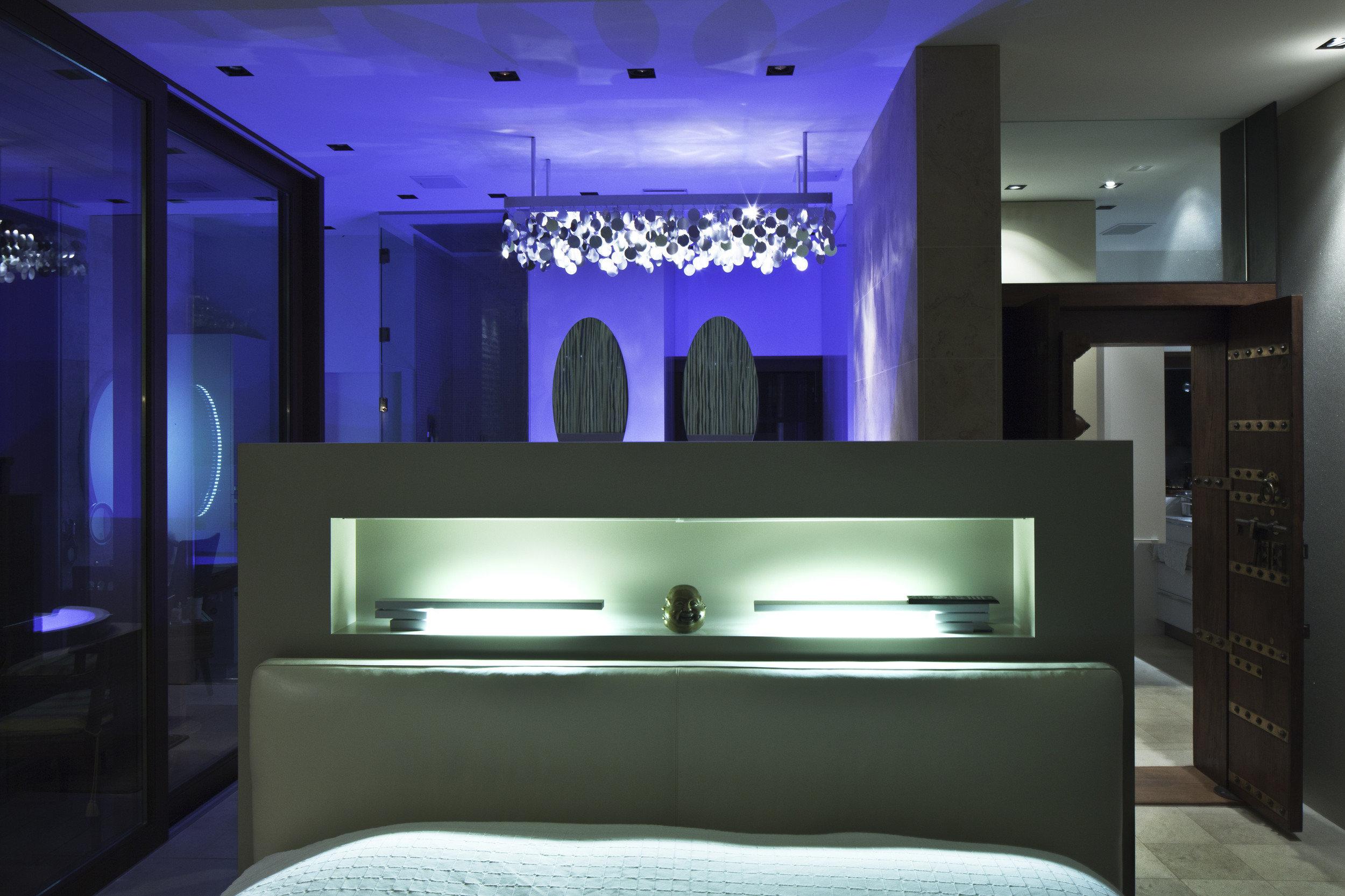 Wohnbereich mit moderner LED Beleuchtung