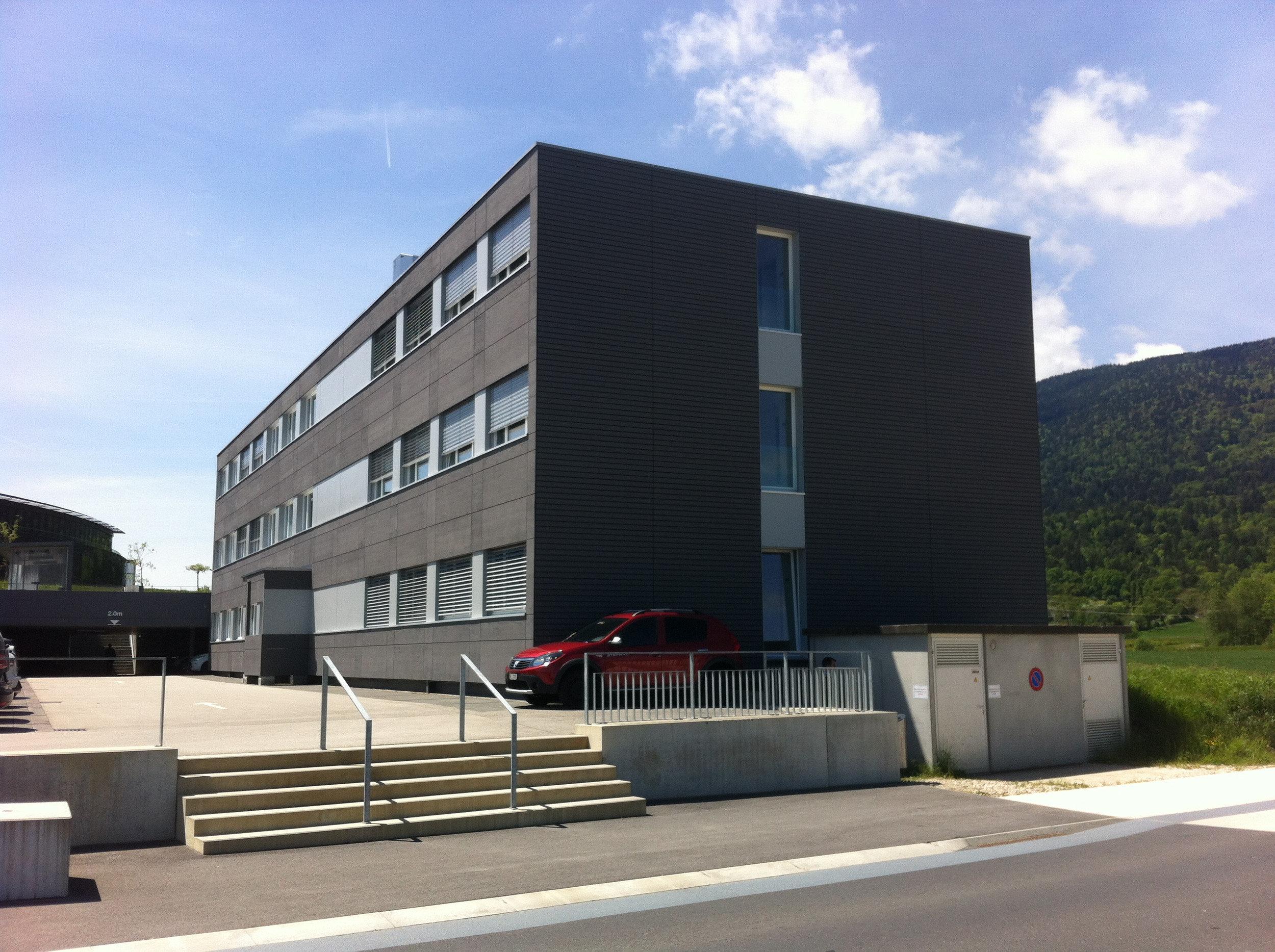 Modulbau mit spezieller Fassade für temporäre Gebäude