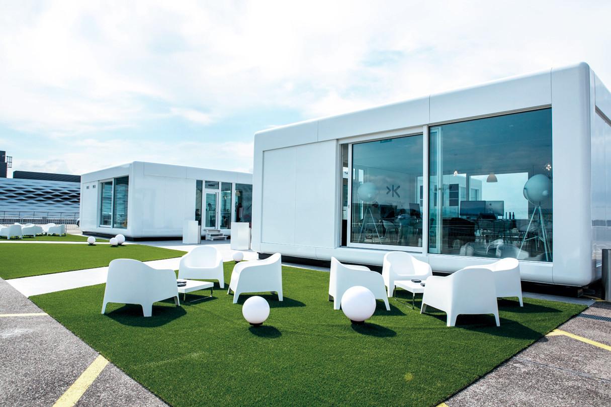 2 Eventpavillons in moderner Modulbauweise