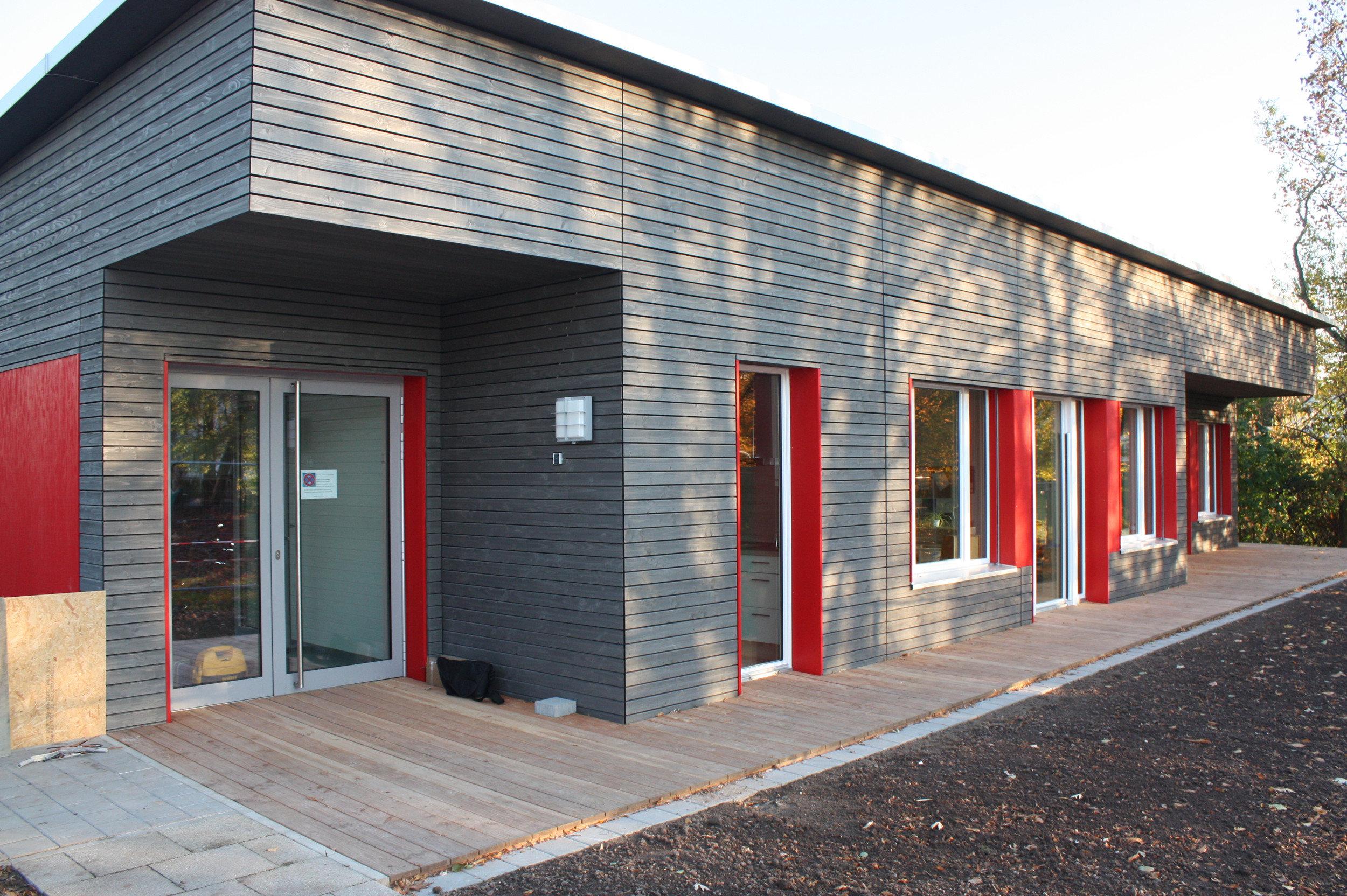 Kindertagesstätte 1-geschossig mit Plutachdach