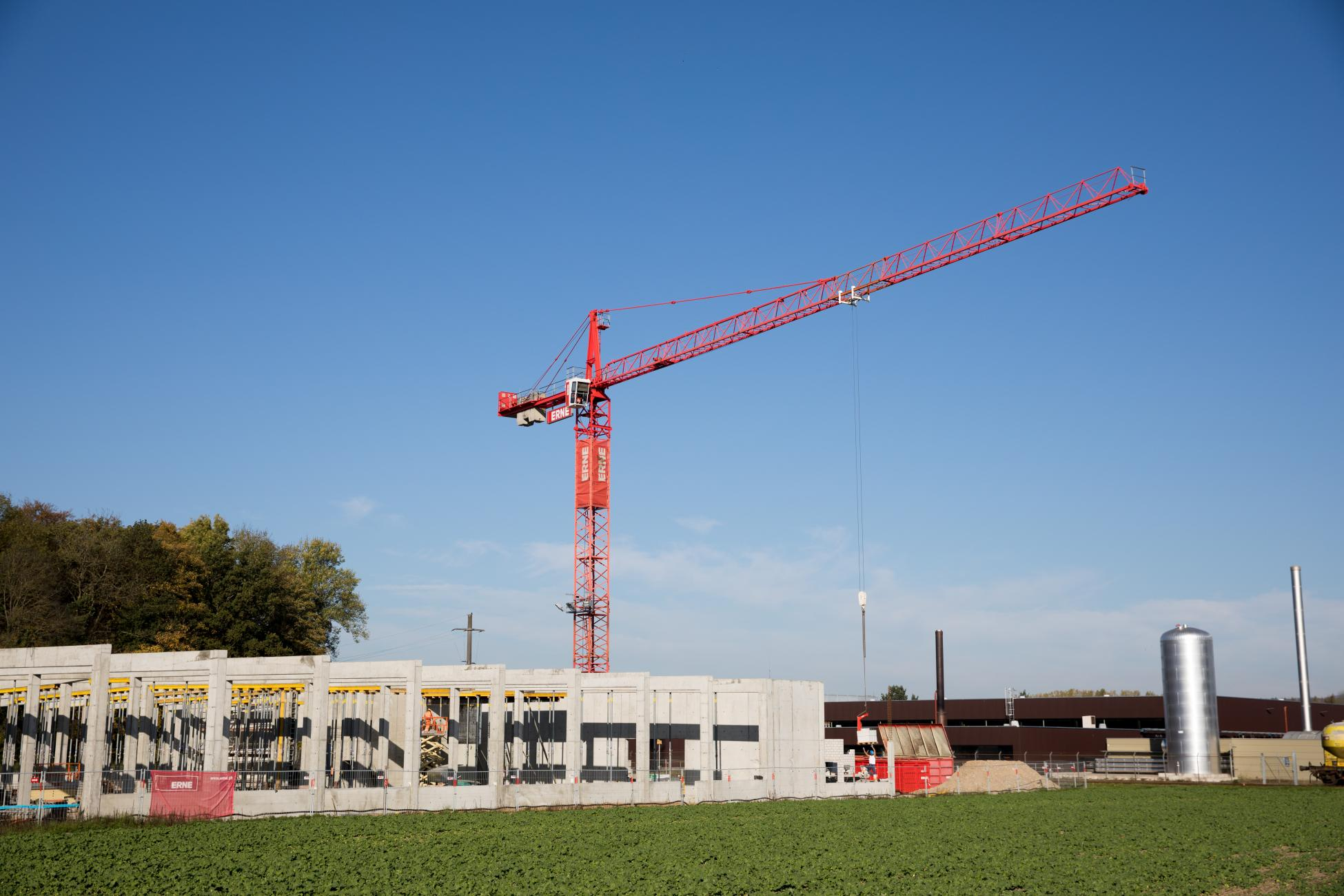ERNE plus Hochbau-Projekt SwissShrimps