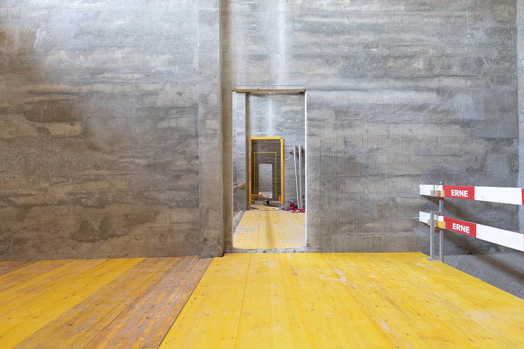 Basel Umbau Silo Erlenmatt Tuerausschnit