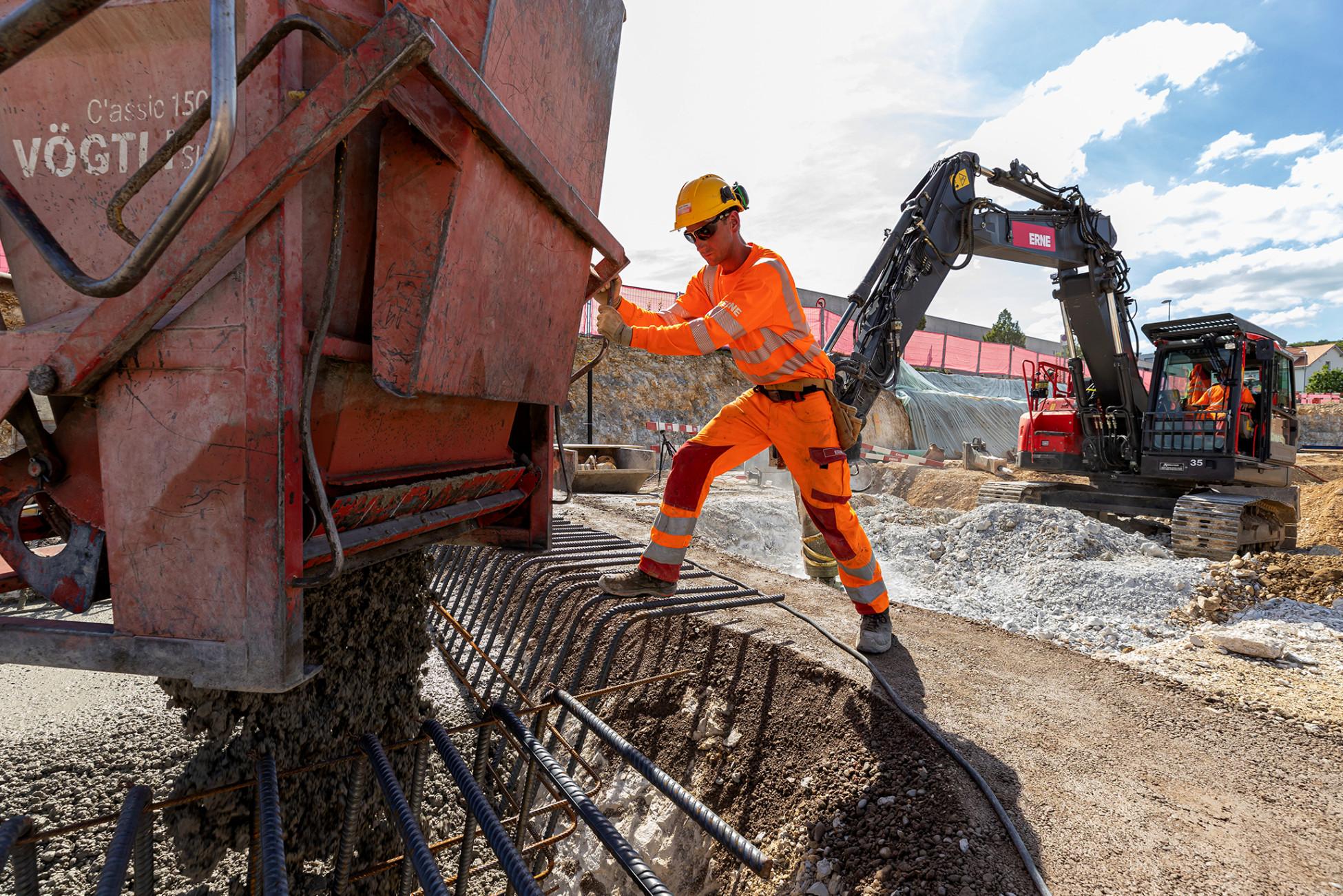 Hochbau Olten Neubau Betriebsgebäude a.en Teamwork betonieren