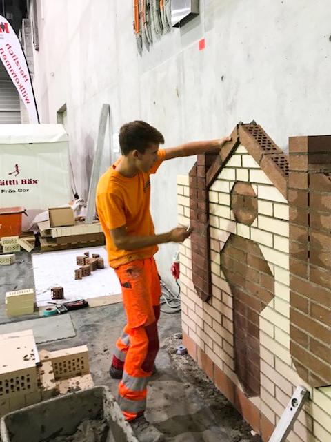 Maurer-Lernender Mattia Plattner an Schweizermeisterschaft im Maurern