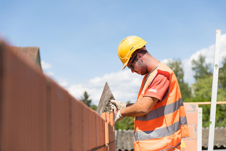 Lernende bauen EFH in Rheinfelden