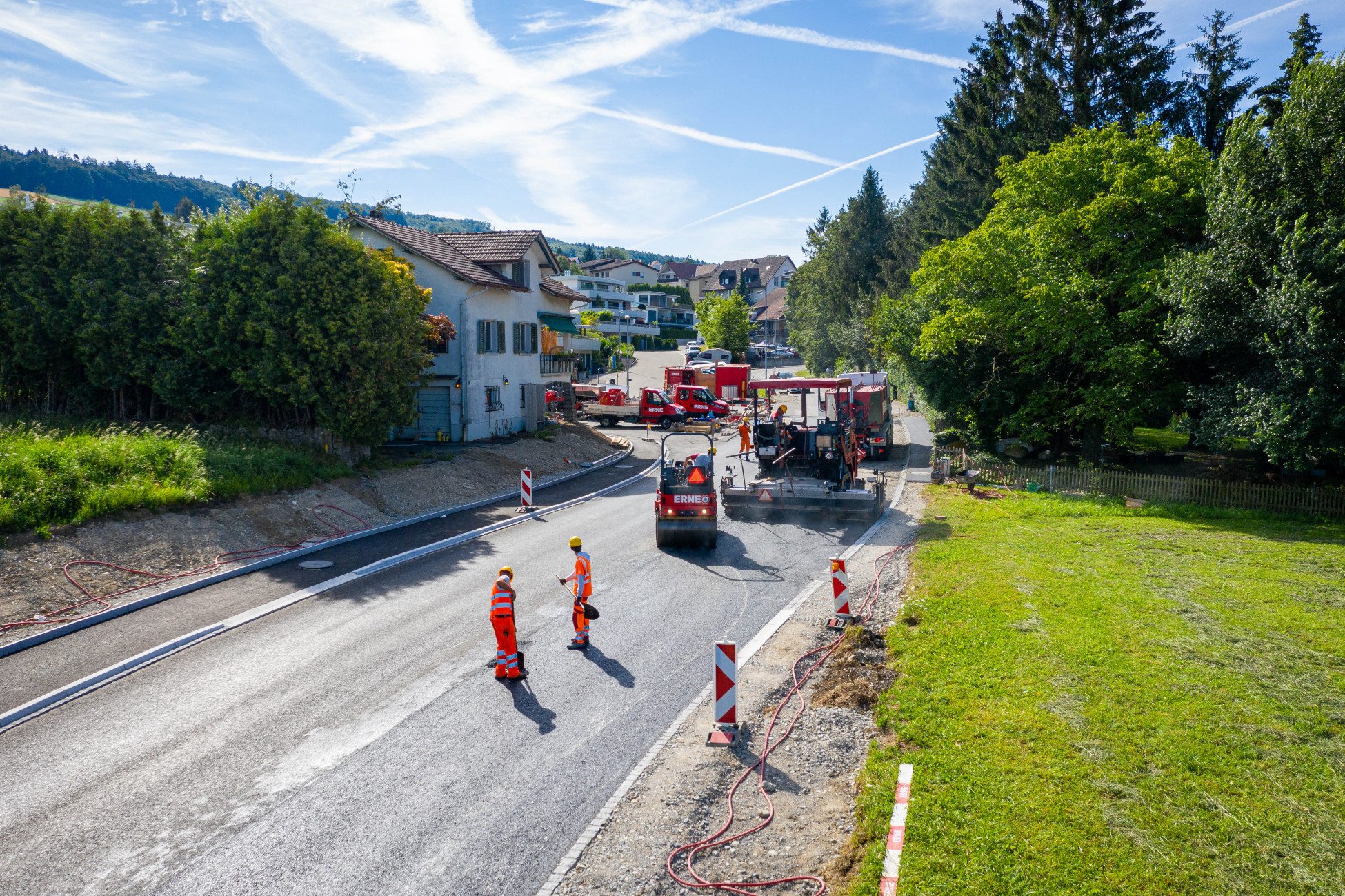 Totalunternehmerauftrag Strassensanierung Bellikon K411 Dorfmitte