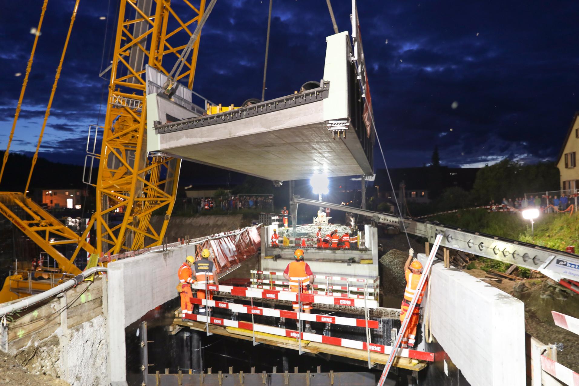 Hochbau SBB-Brücke setzen Bad Zurzach