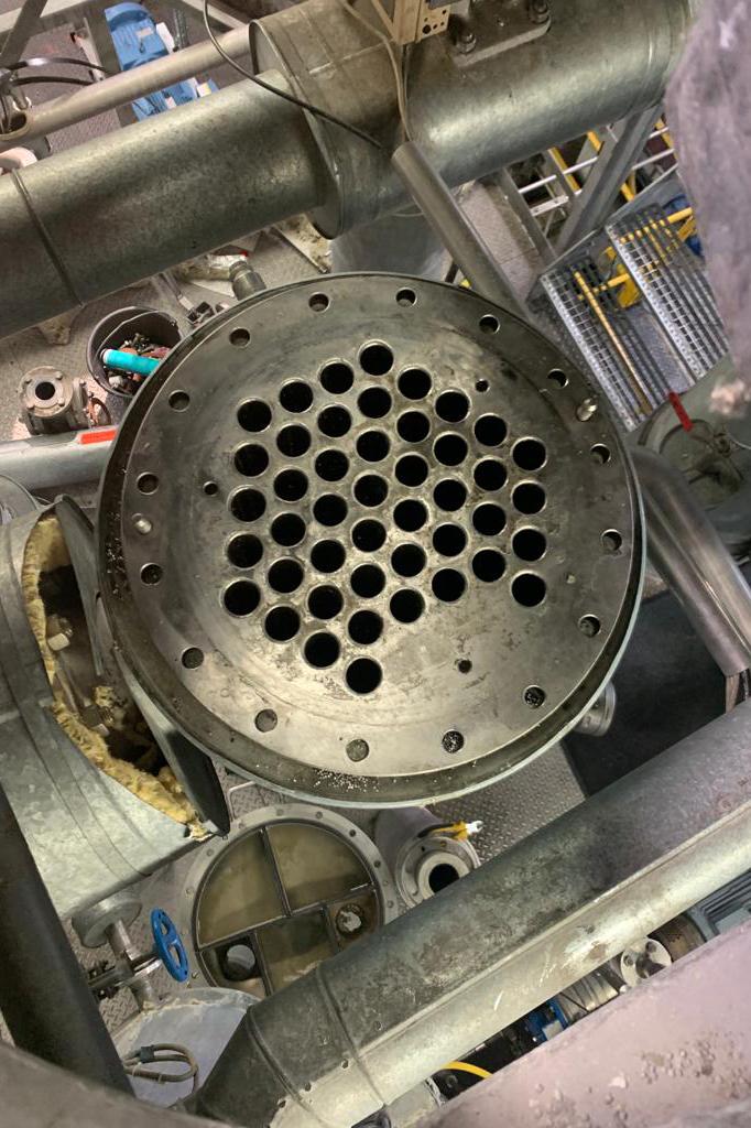 Industriereinigung Wärmetauscher vor der Reinigung