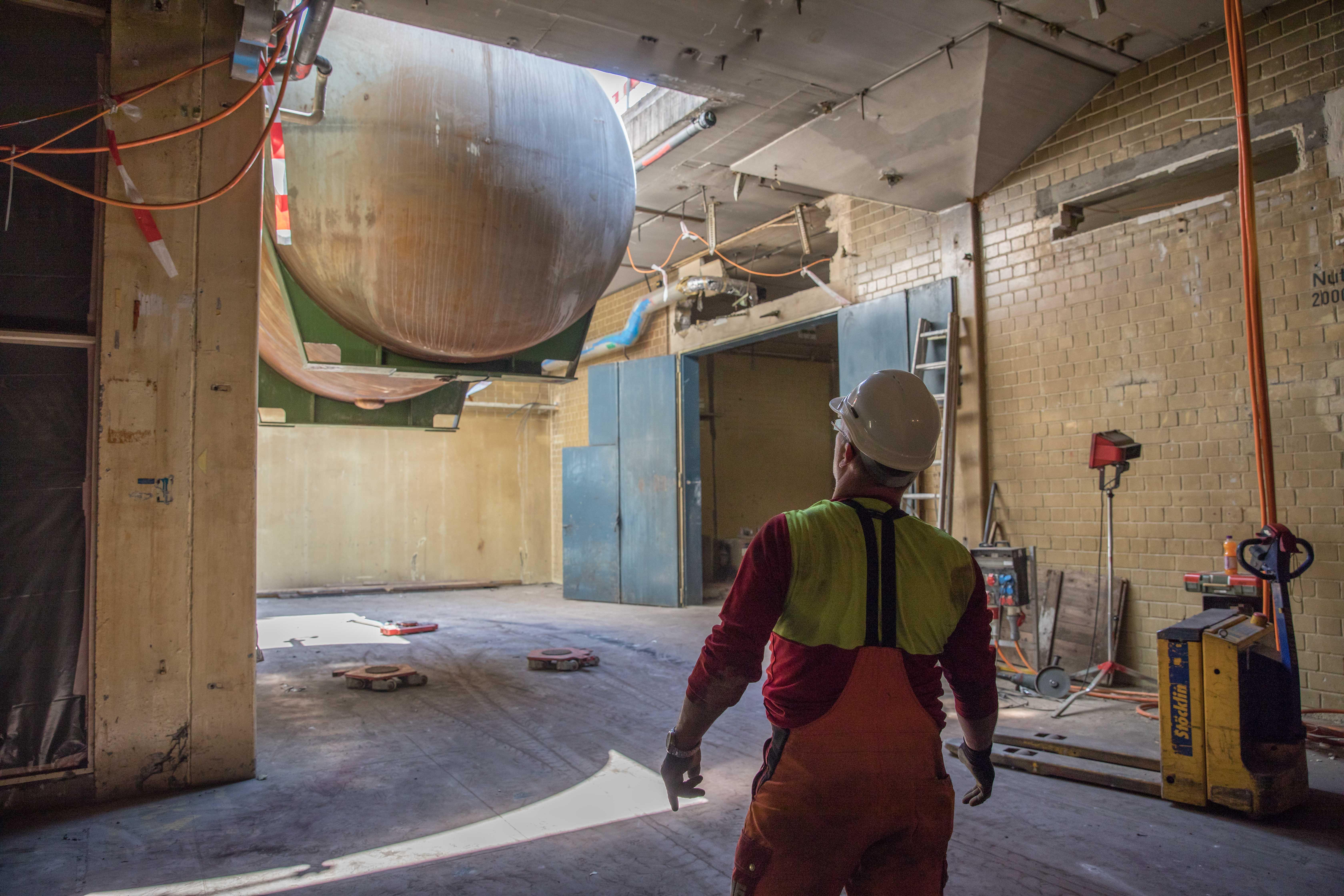 Die Entkernung von Gebäuden und baulichen Anlagen stellt eine wichtige Massnahme zur Vorbereitung für einen Abriss oder Rückbau dar.